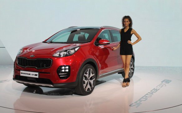 <p>We don't yet know any specific details about the Canadian edition of the next Kia Sportage. It'll look like this European edition, with a sportier appearance, a new grille, and higher quality materials.</p>