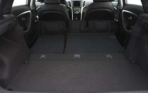 2013 Hyundai Elantra GT - cargo area