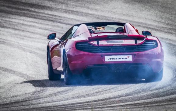 McLaren 12C Spider - Rear