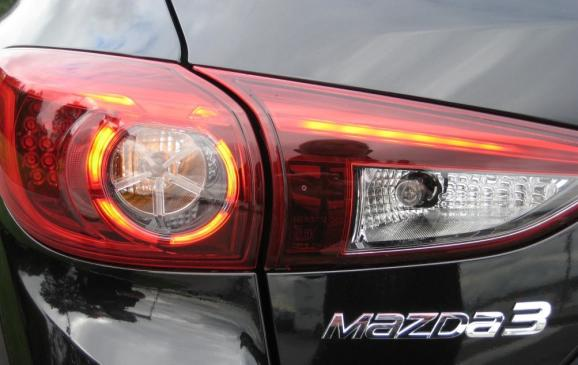 2014 Mazda3 - taillight detail