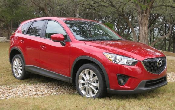 2014 Mazda CX-5 - front 3/4 view