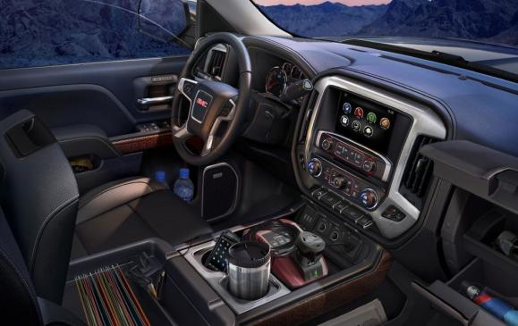 2014 GMC Sierra SLT - interior storage detail