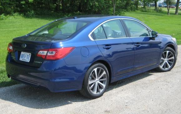 2015 Subaru Legacy - rear 3/4 view