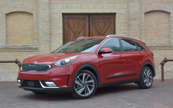 <p>The Kia Niro is a brand-new, hybrid-only front-wheel-drive crossover – a first for the South Korean brand.</p>