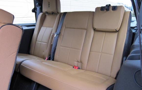 2012 Lincoln Navigator - rear seats
