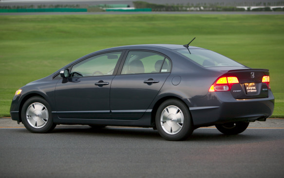 <p><strong>2006-11 Honda Civic Hybrid</strong></p> <p>The Hybrid's continuously variable (CVT) automatic transmission made a return engagement, while the manual gearbox was dropped – perhaps the only feature that made Honda's hybrids distinctive. There were mechanical issues to contend with, too. Turns out Honda's battery packs are not always durable. Reportedly, almost one in five 2009-model-year Civic Hybrids have had their batteries replaced – a troubling statistic. Engineers recalibrated the software to reduce the hybrid's reliance on the battery, but the fix hurt fuel economy, owners complained.</p>