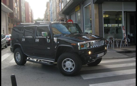 <p>In contrast, it was followed by a relatively rare albeit highly conspicuous model – the 2005 Hummer H2. Another 4WD of course.</p>