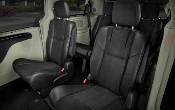 2014 Chrysler Town & Country 30th Anniversary Edition Interior