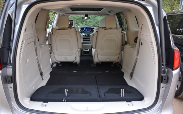 <p>If there's a need for more cargo space, the second-row seats can be taken right out. During the presentation, we were told that the minivan can hold up to 64 sheets of plywood that weighs up to 590 kg (1,300 lb).</p>