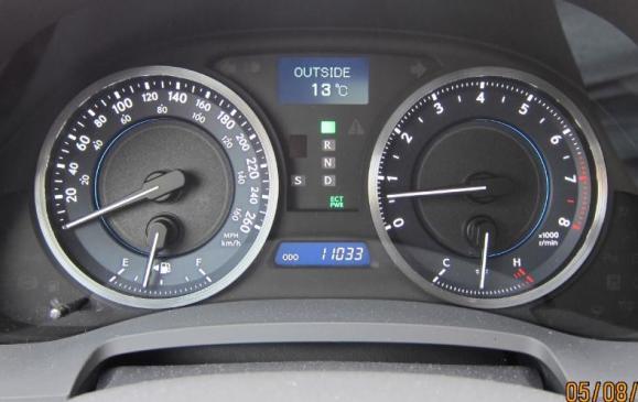 2012 Lexus IS350 - gauges