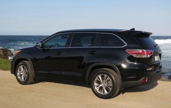 2014 Toyota Highlander - rear-side view