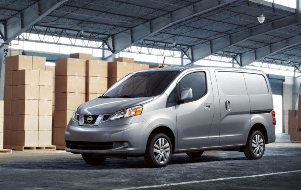 Read Auto News Nissan Nv200 Van To Make Canadian Debut At Montreal Show Autofile Ca