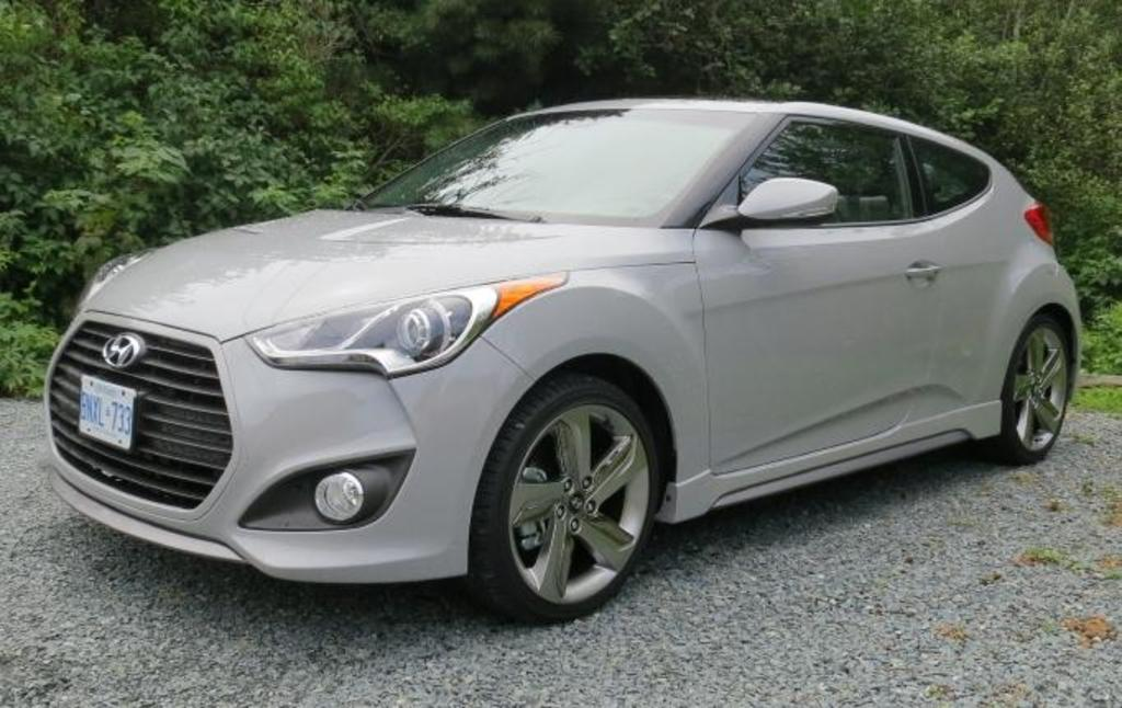 read car review 2013 hyundai veloster turbo. Black Bedroom Furniture Sets. Home Design Ideas