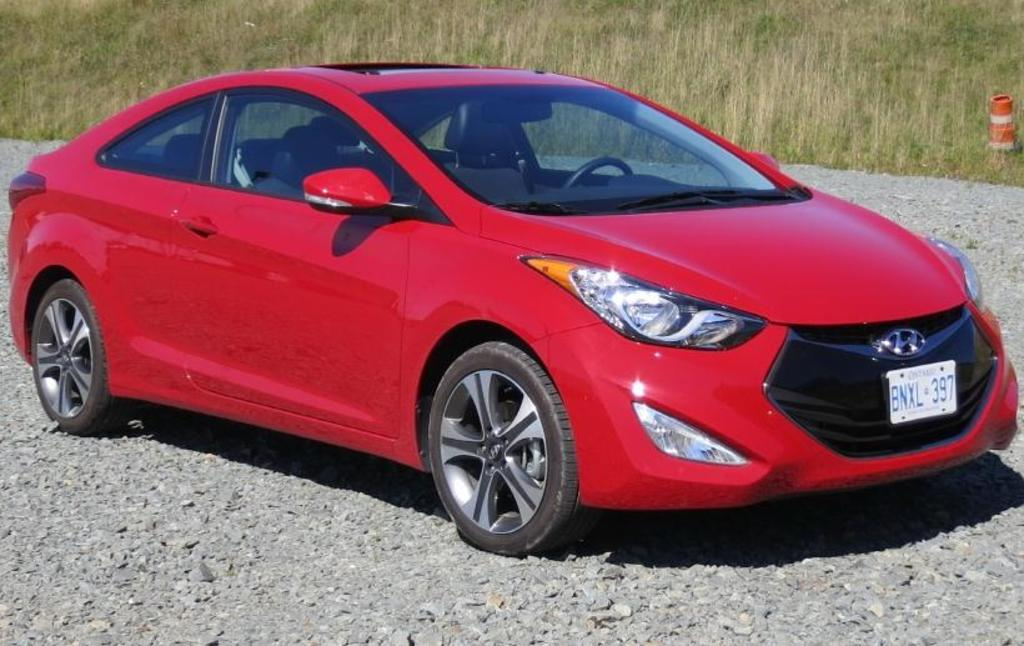 read car review 2013 hyundai elantra coupe. Black Bedroom Furniture Sets. Home Design Ideas