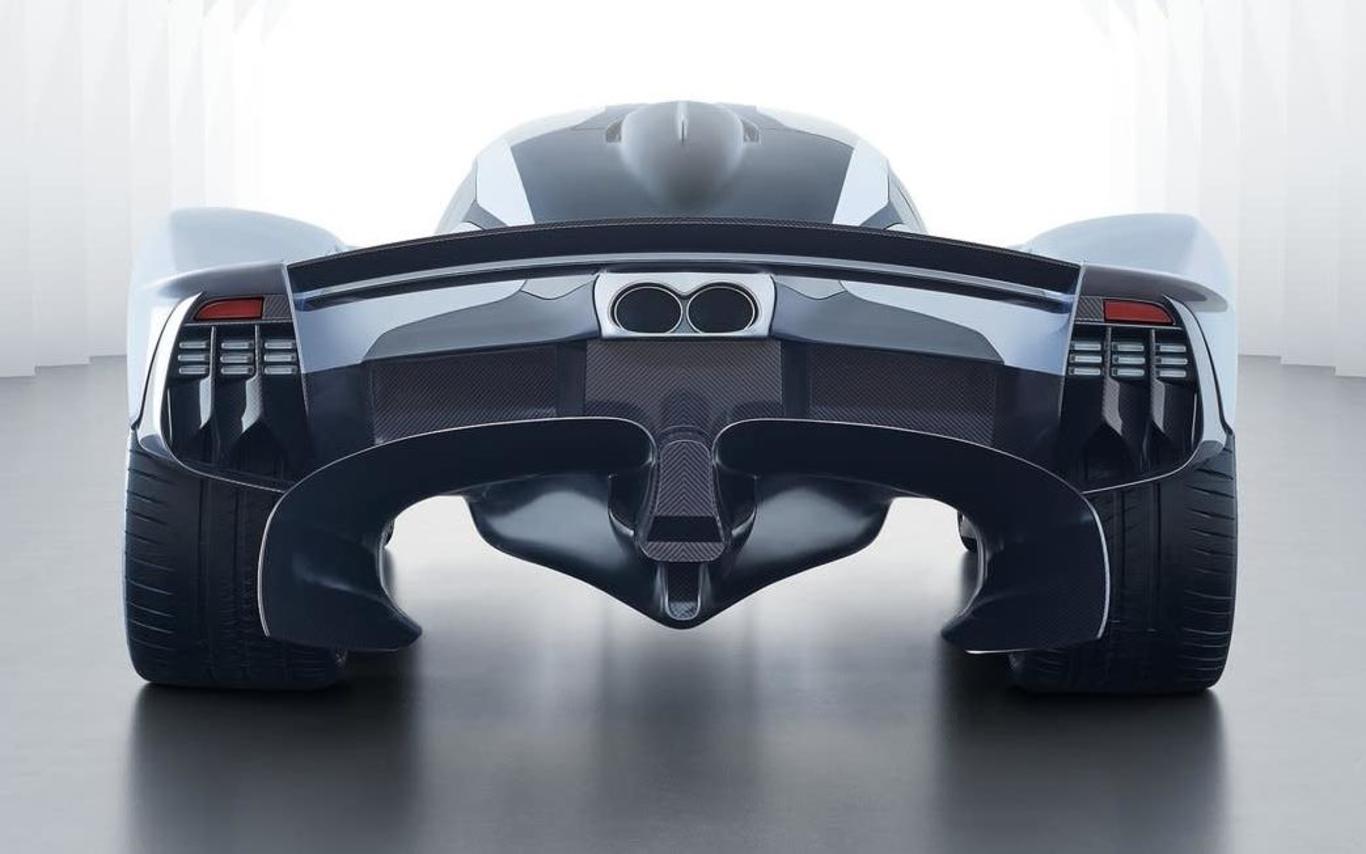 Aston Martin confirms new mid-engine hypercar
