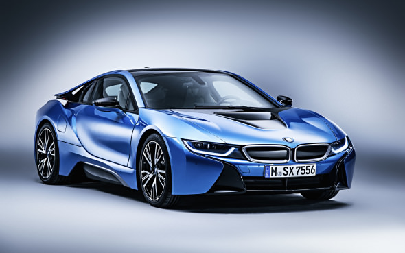 Up Close And Personal With Bmw S I8 Hybrid Sports Car Autofile Ca