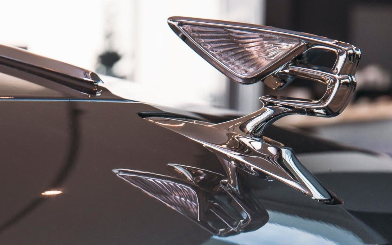 Bentley delivers Flying Spur to Russia with love