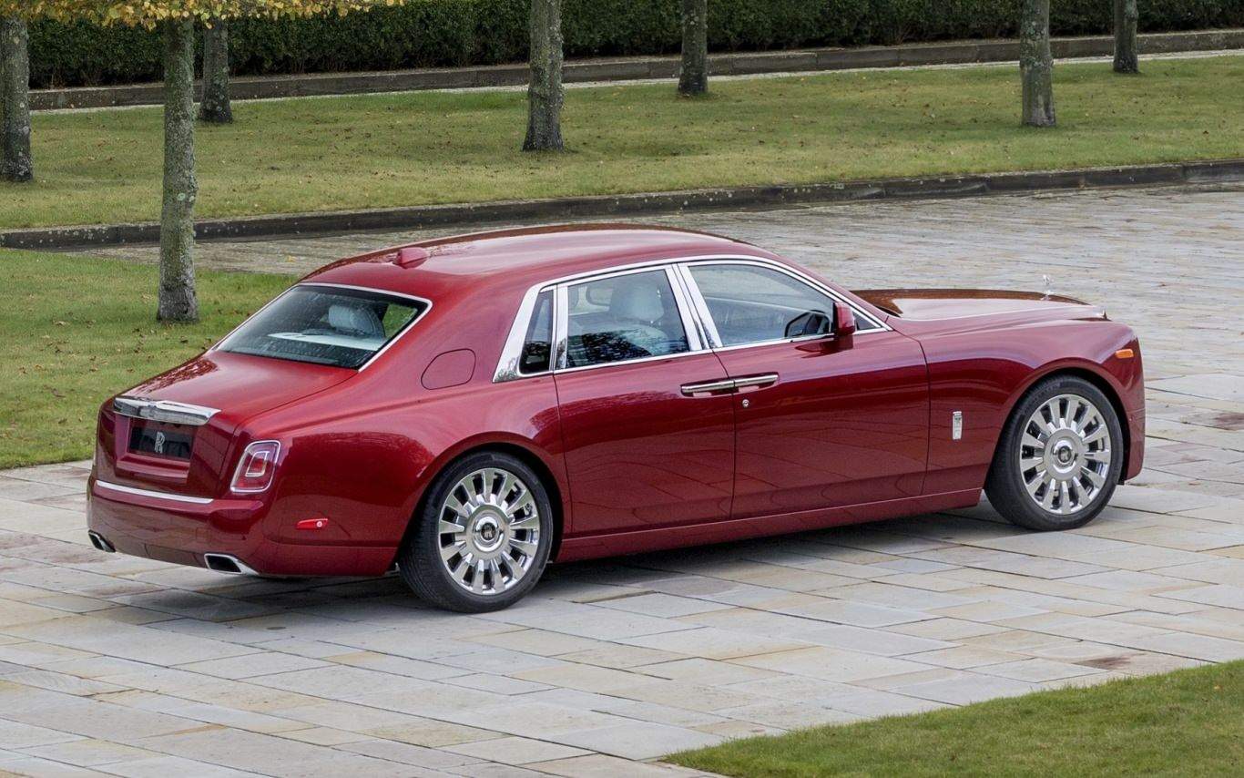 Rolls-Royce creates bespoke Red Phantom to help fight AIDS