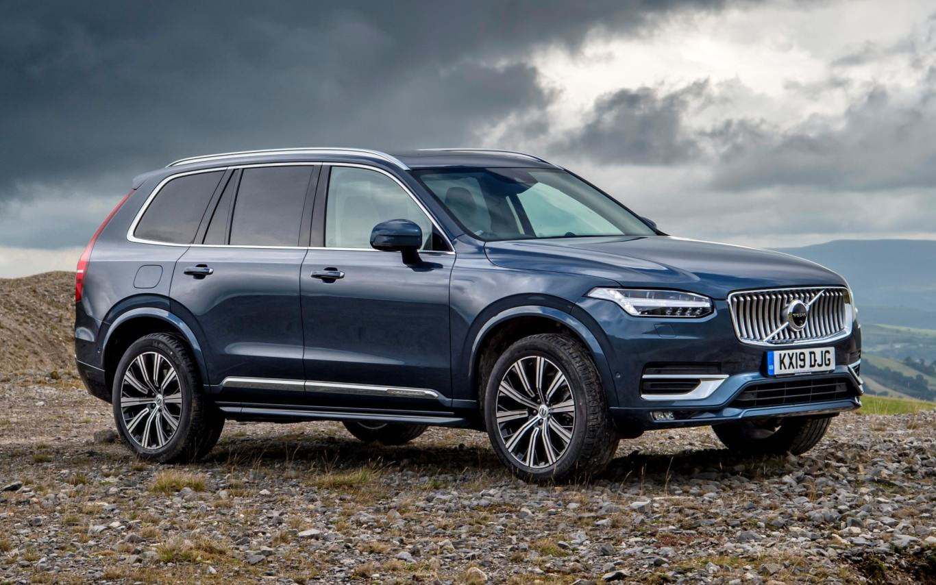 Refreshed Volvo XC90 for 2020 can go farther on electricity