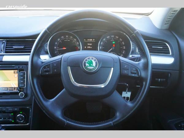 Skoda Superb Station Wagon for Sale with Alloy Wheels , page 3