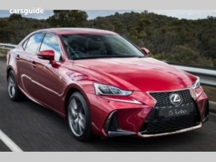 2019 Lexus IS300