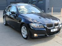 BMW 320d Executive Touring 2010 review | CarsGuide