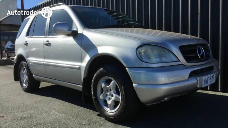 2001 Mercedes-Benz ML320