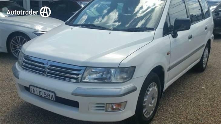 1998 Mitsubishi Nimbus