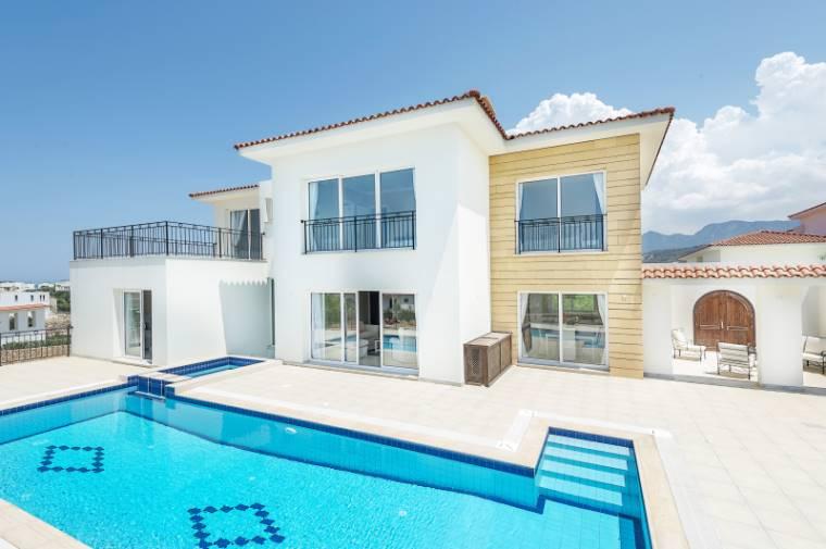 Kuzey Kıbrıs - Girne Esentepe Satılık Villa-Müstakil 970