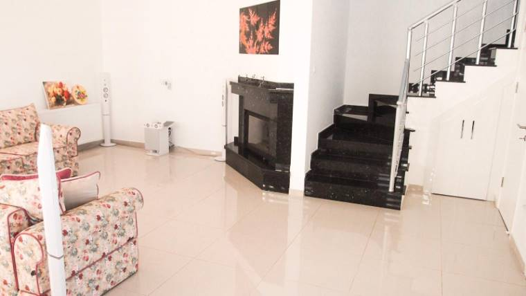 Kuzey Kıbrıs - Girne Karaoğlanoğlu Satılık Villa-Ikiz 2144