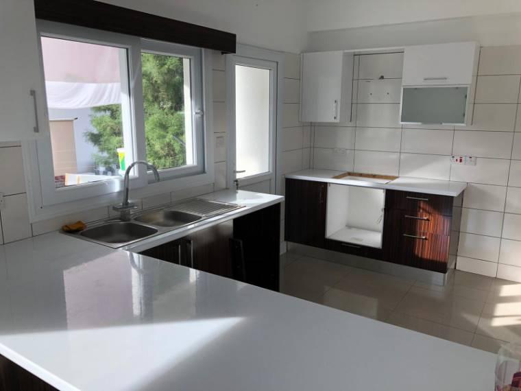 Kuzey Kıbrıs - Lefkoşa Marmara Satılık Apartman Dairesi 2172