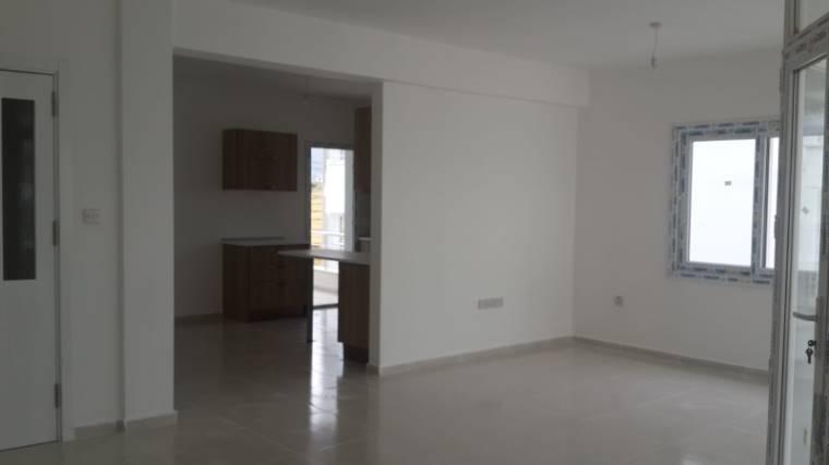 Kuzey Kıbrıs - Girne Dikmen Satılık Apartman Dairesi 2429