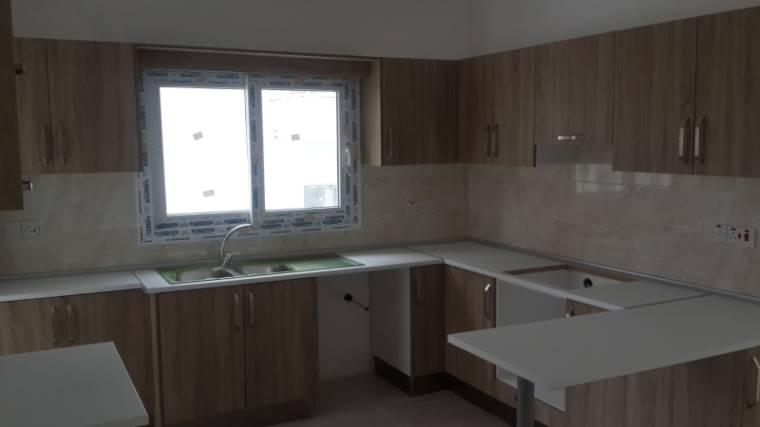 Kuzey Kıbrıs - Girne Dikmen Satılık Apartman Dairesi 2430