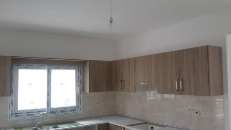 Kuzey Kıbrıs - Girne Dikmen Satılık Apartman Dairesi 2432