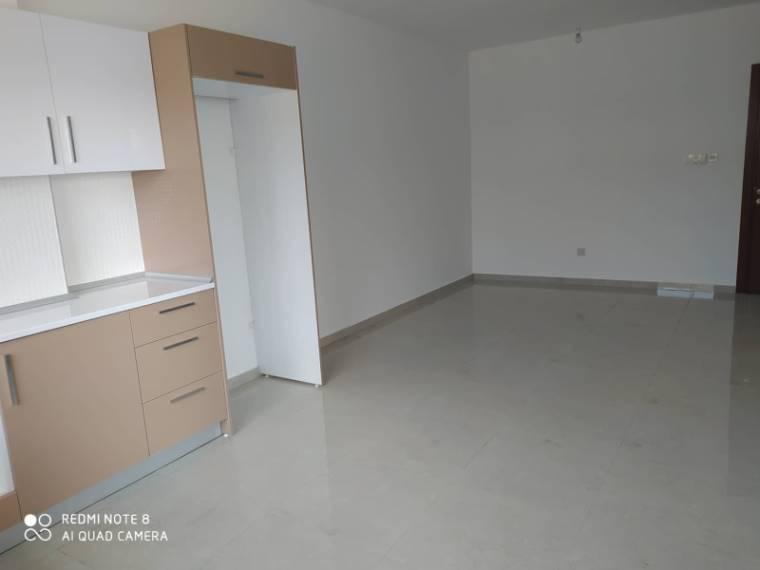 Kuzey Kıbrıs - Lefkoşa Gönyeli Satılık Apartman Dairesi 2495