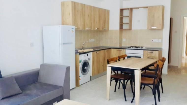Kuzey Kıbrıs - Lefke Merkez Satılık Apartman Dairesi 2517