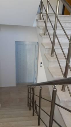 Kuzey Kıbrıs - Lefke Merkez Satılık Apartman Dairesi 2553
