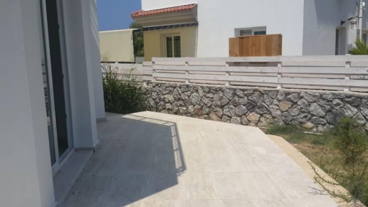Kuzey Kıbrıs - Girne Alsancak Satılık Villa-Müstakil 2558