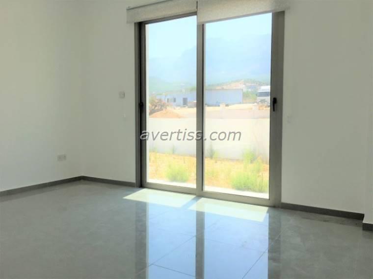 Kuzey Kıbrıs - Girne Alsancak Satılık Villa-Müstakil 2839