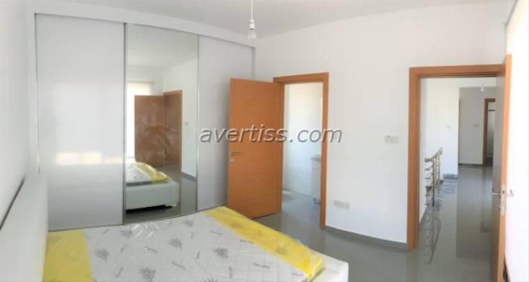 Kuzey Kıbrıs - Girne Alsancak Satılık Villa-Müstakil 2844