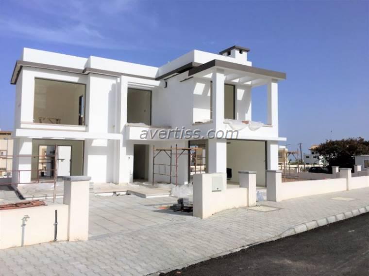 Kuzey Kıbrıs - Girne Alsancak Satılık Villa-Müstakil 2846
