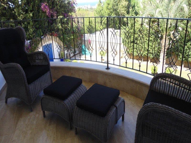 Doğanköy'de Satılık Özel Havuzlu, Bahçeli ve Manzaralı Villa 5203