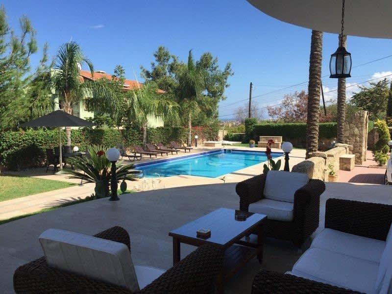 Doğanköy'de Satılık Özel Havuzlu, Bahçeli ve Manzaralı Villa 5219