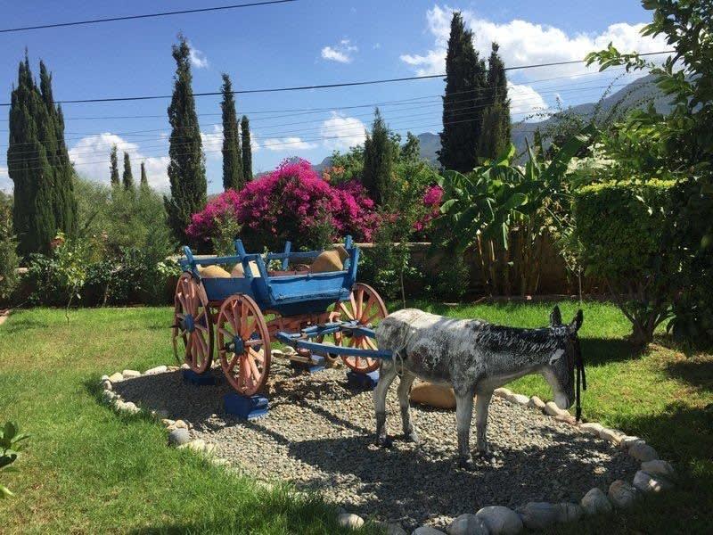 Doğanköy'de Satılık Özel Havuzlu, Bahçeli ve Manzaralı Villa 5223