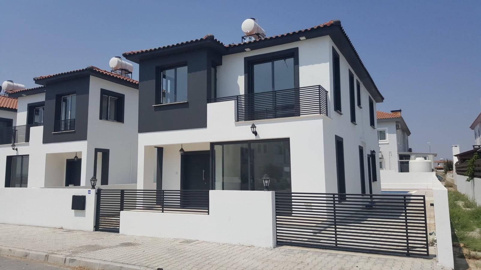 Yenikent'te 4 Yatak Odalı Satılık Havuzlu ve Türk Malı Villa 5261