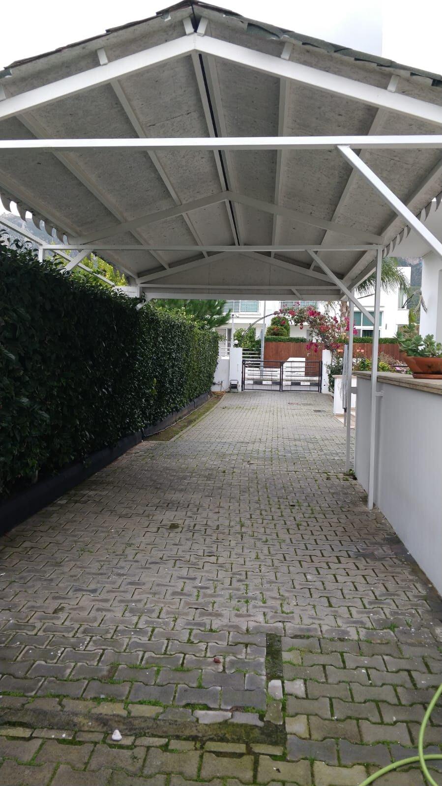 Karoğlanoğlu Lemon Park'ta Ortak Havuzlu ve Geniş Bahçeli 3+1 İkiz-Villa 5518