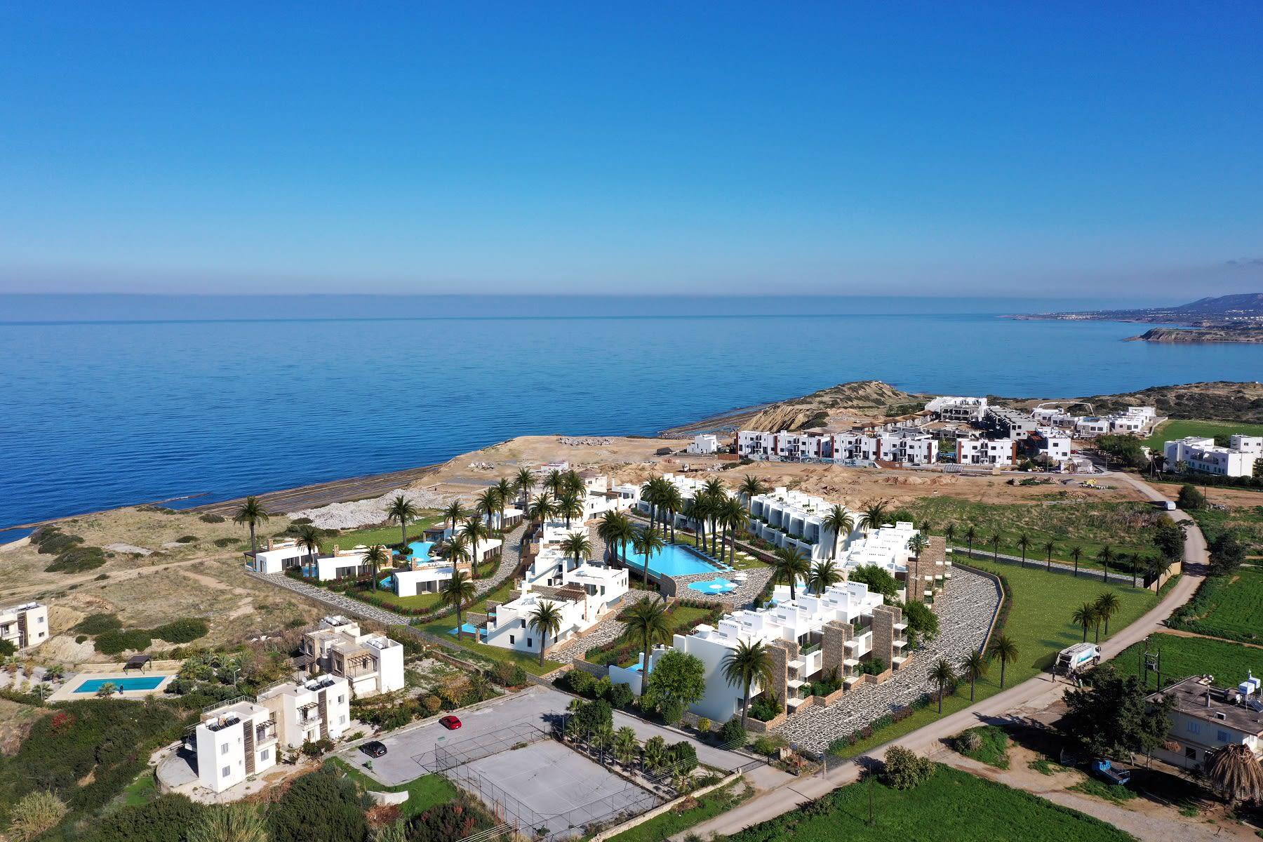 Esentepe'de Marina Üzerinde Satılık 3+1 ve Özel Havuzlu Villalar 8446
