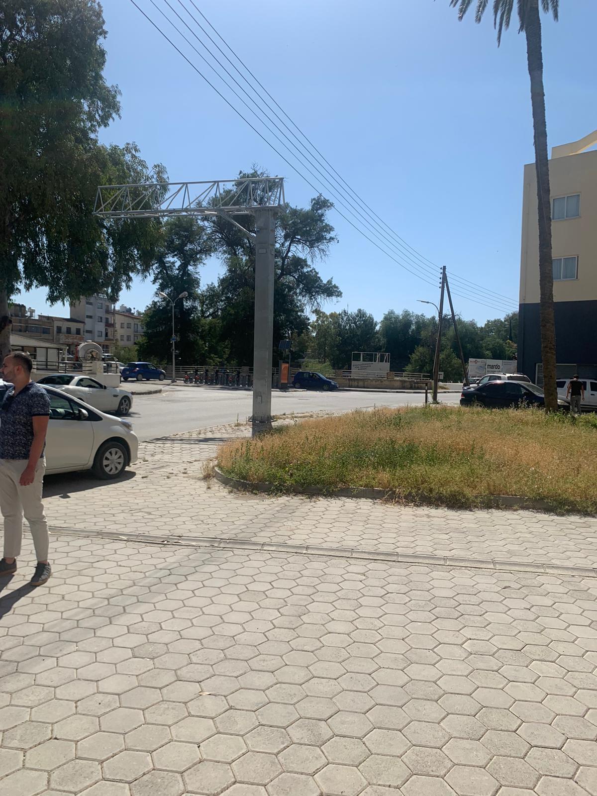 Lefkosa merkezde toplam 100 m2 ticari alan 8581