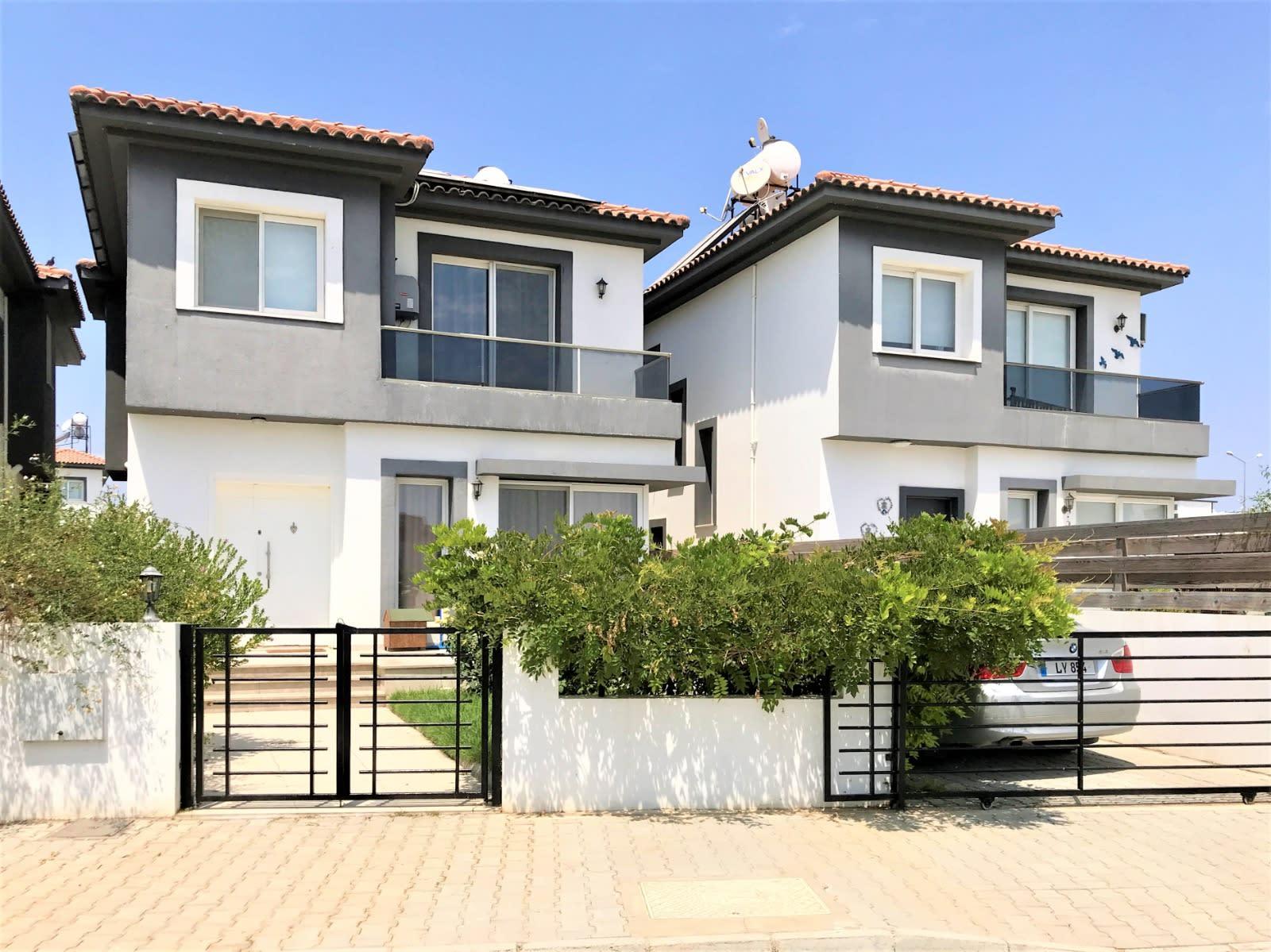 Lefkoşa'nın En Prestij Villa Bölgesi Yenikent'te Türk Malı Modern Villa  9705