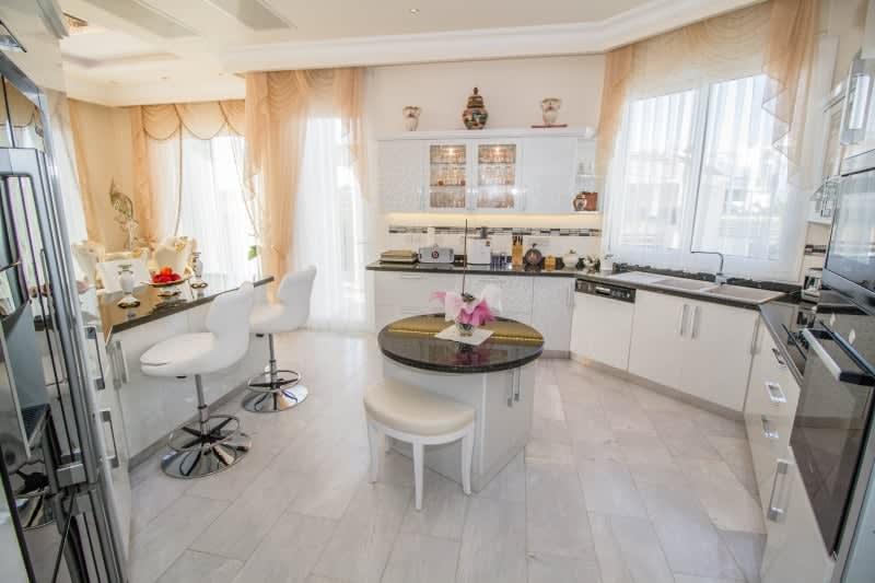 Kuzey Kıbrıs - Yenikent'de Satılık  Lüx Villa-Müstakil 9801